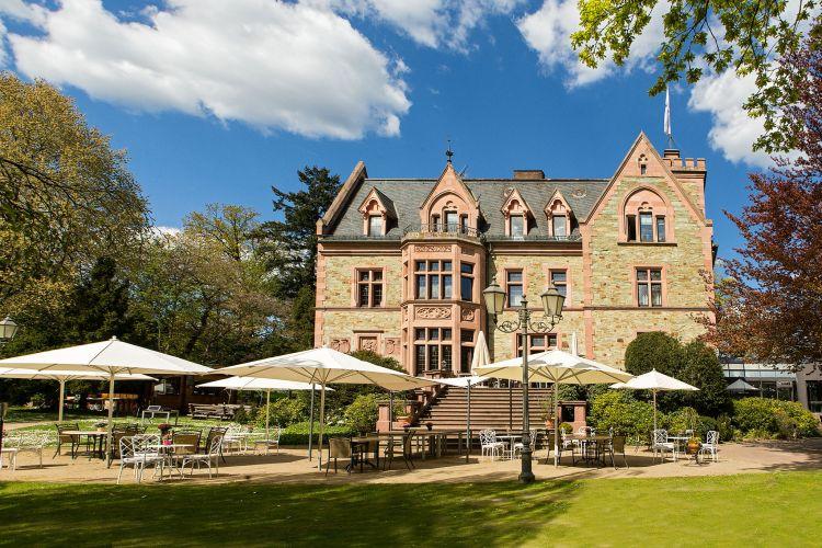 Romantik Hotel Schloss Rettershof-5