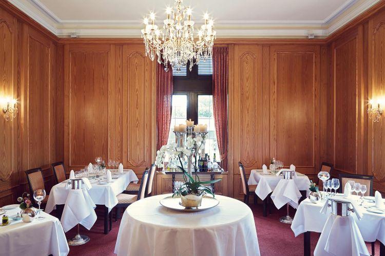 Romantik Hotel Schloss Rettershof-9