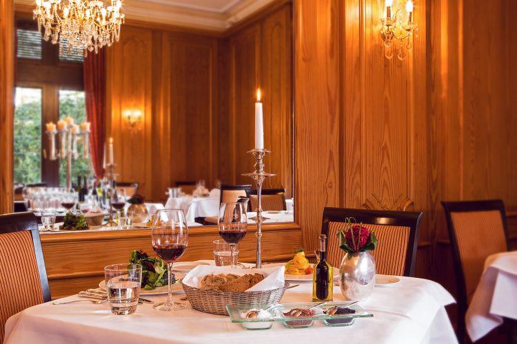 Romantik Hotel Schloss Rettershof-13