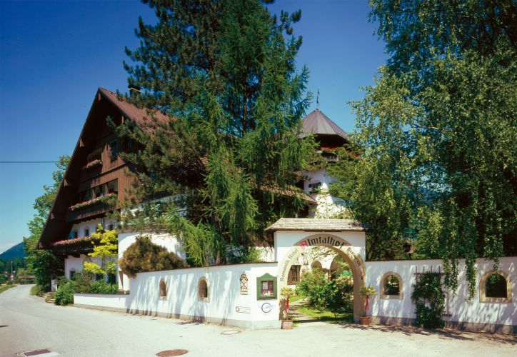 Romantik Hotel Almtalhof-1