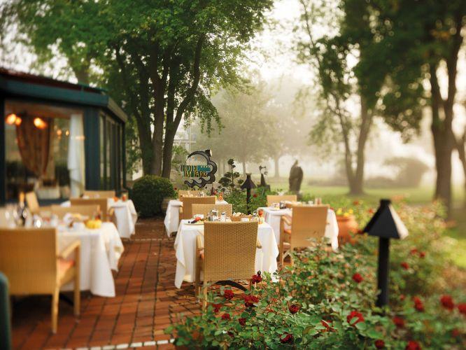 Romantik Hotel im Park-8