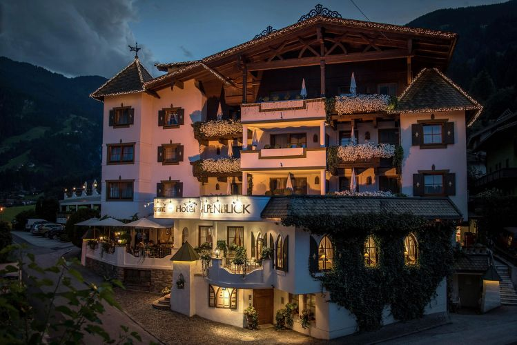 Romantik Hotel Alpenblick-23