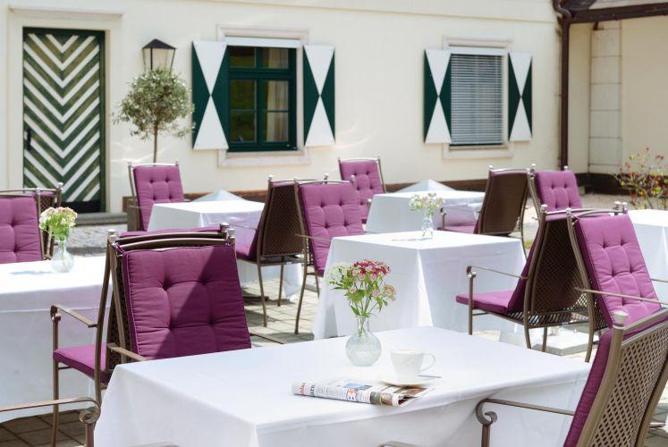 Romantik Hotel Schloss Pichlarn-10