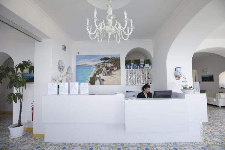 Hotel La Madonnina-2