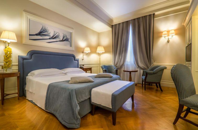 Hotel Corona D'oro-2