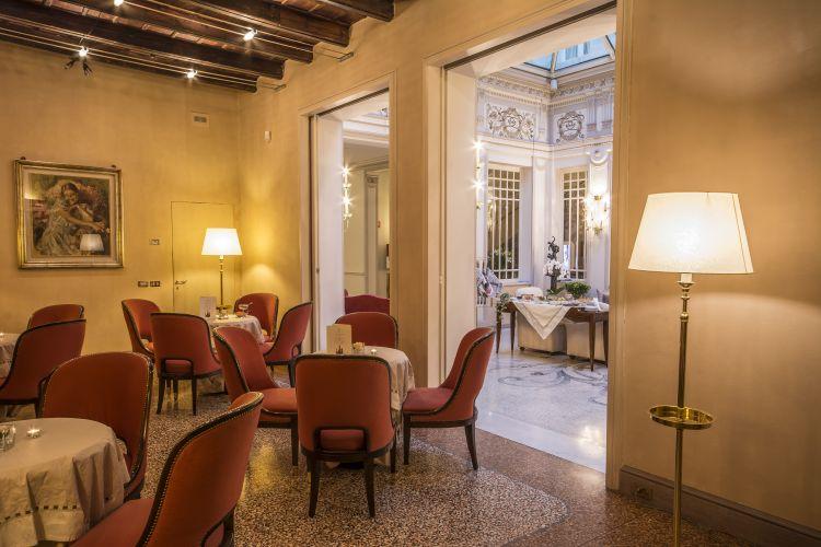 Hotel Corona D'oro-17