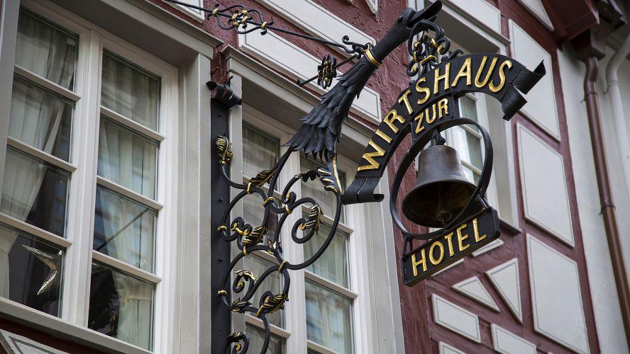 Romantik Hotel Zur Glocke-1