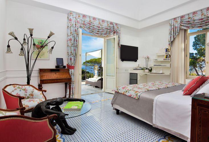 Luxury Villa Excelsior Parco-6