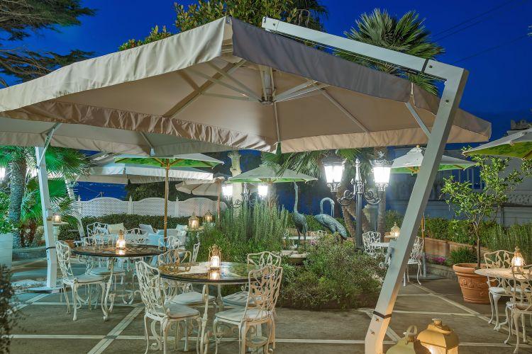 Luxury Villa Excelsior Parco-13