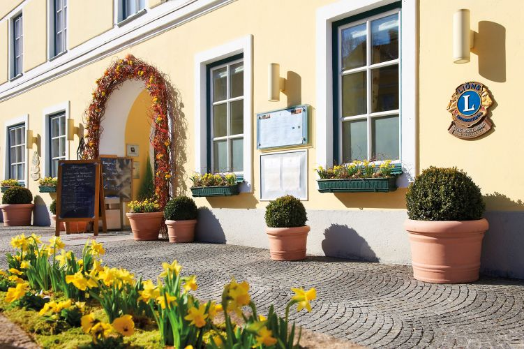 Romantik Hotel Goldener Stern-2