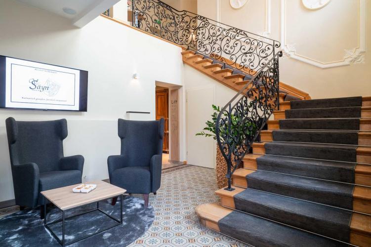 Romantik Hotel Villa Sayn-2