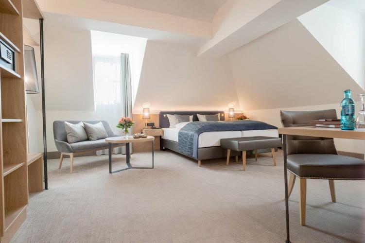 Romantik Hotel Villa Sayn-3