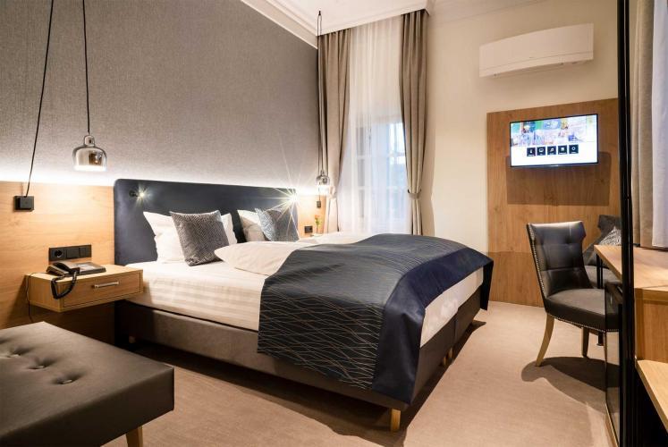 Romantik Hotel Villa Sayn-15