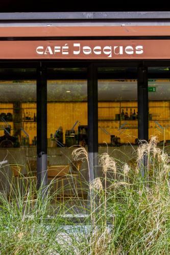 Café Jacques-2