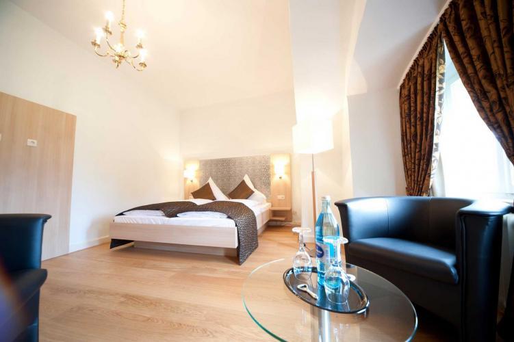 Romantik Hotel Schloss Hohenstein-2