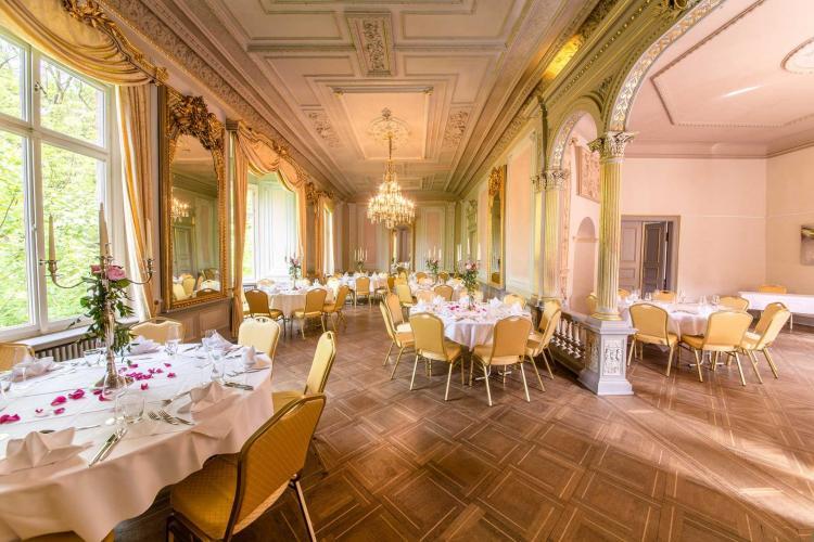 Romantik Hotel Schloss Hohenstein-6
