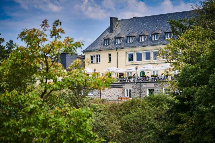Romantik Hotel Klostergut Jakobsberg-1