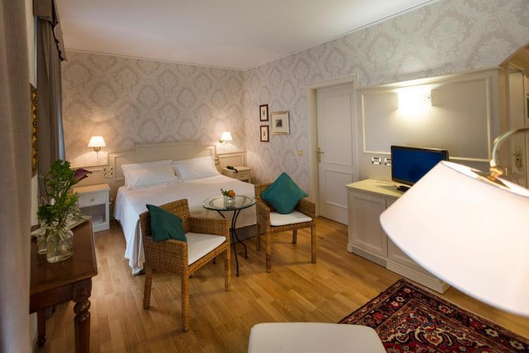 Regina Adelaide Hotel-6