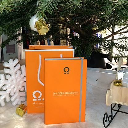 Les Collectionneurs vous offrent en cadeau leur sac logoté pour présenter joliment votre coffret cadeau sous le sapin !