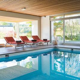 Déjeuner en terrasse à l'Hôtel des Bains & Wellness Spa NUXE