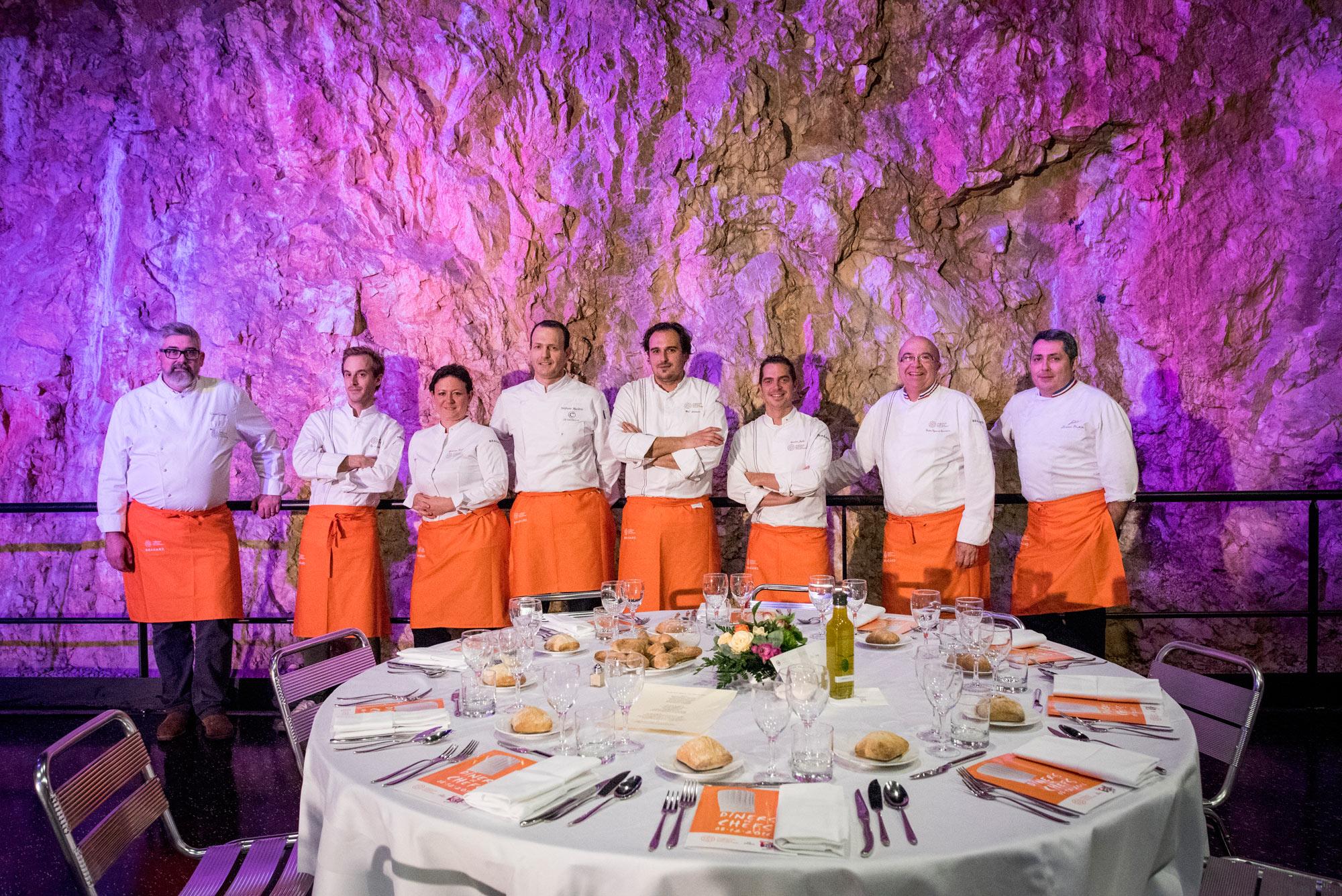 8 chefs exerçant au sein des établissement les Collectionneurs, réunis pour une soirée caritative