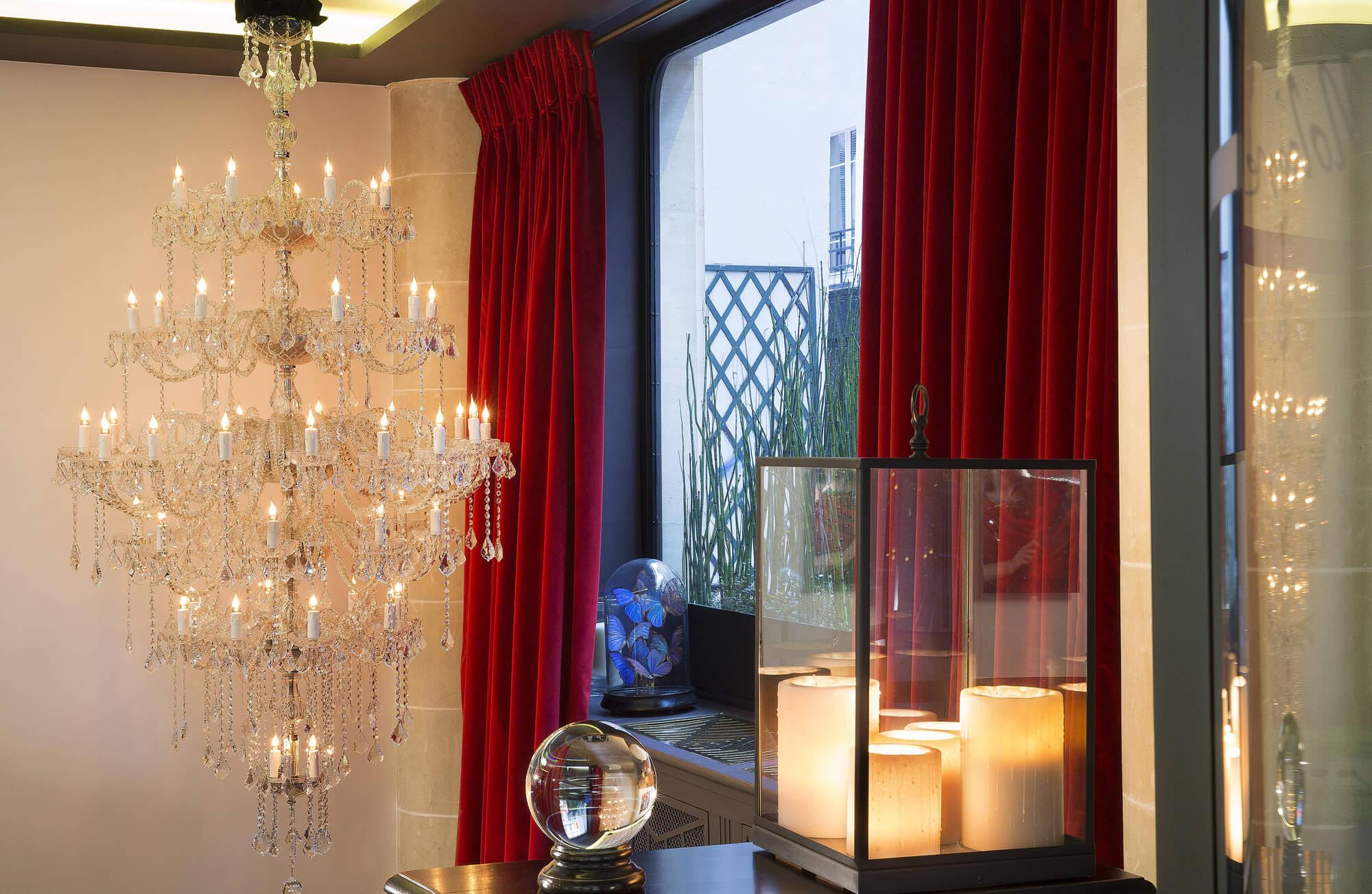 Photo prise dans une chambre de l'Hôtel Molière, Paris 1er