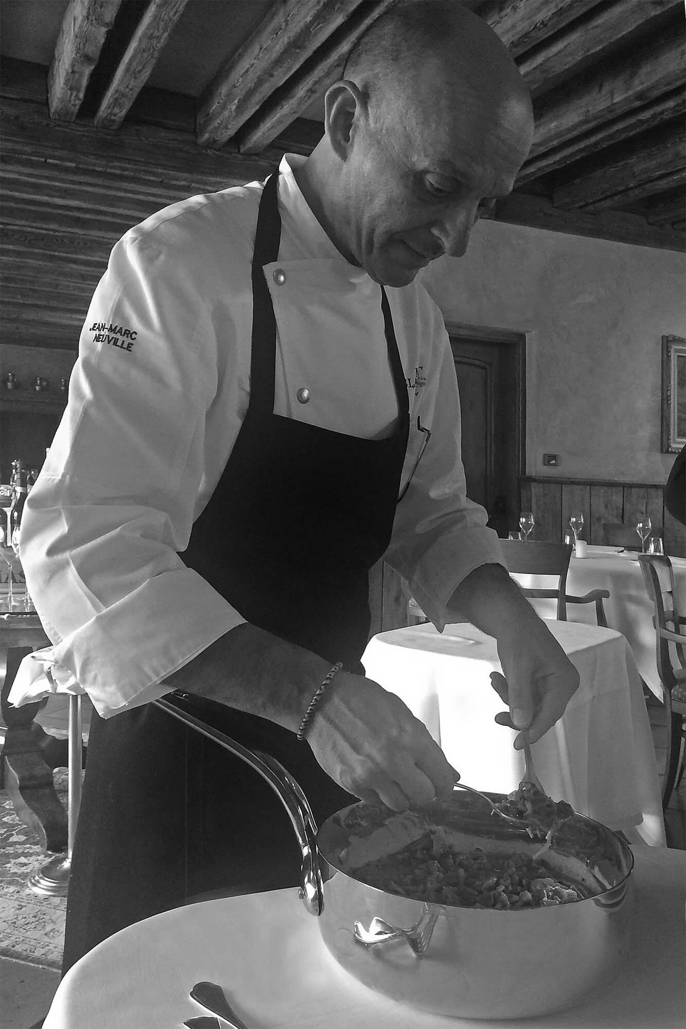 Découvrez la recette du filet d'omble chevalier en sauce de Jean-Marc Neuville, chef au restaurant du Mont Blanc Hôtel Village