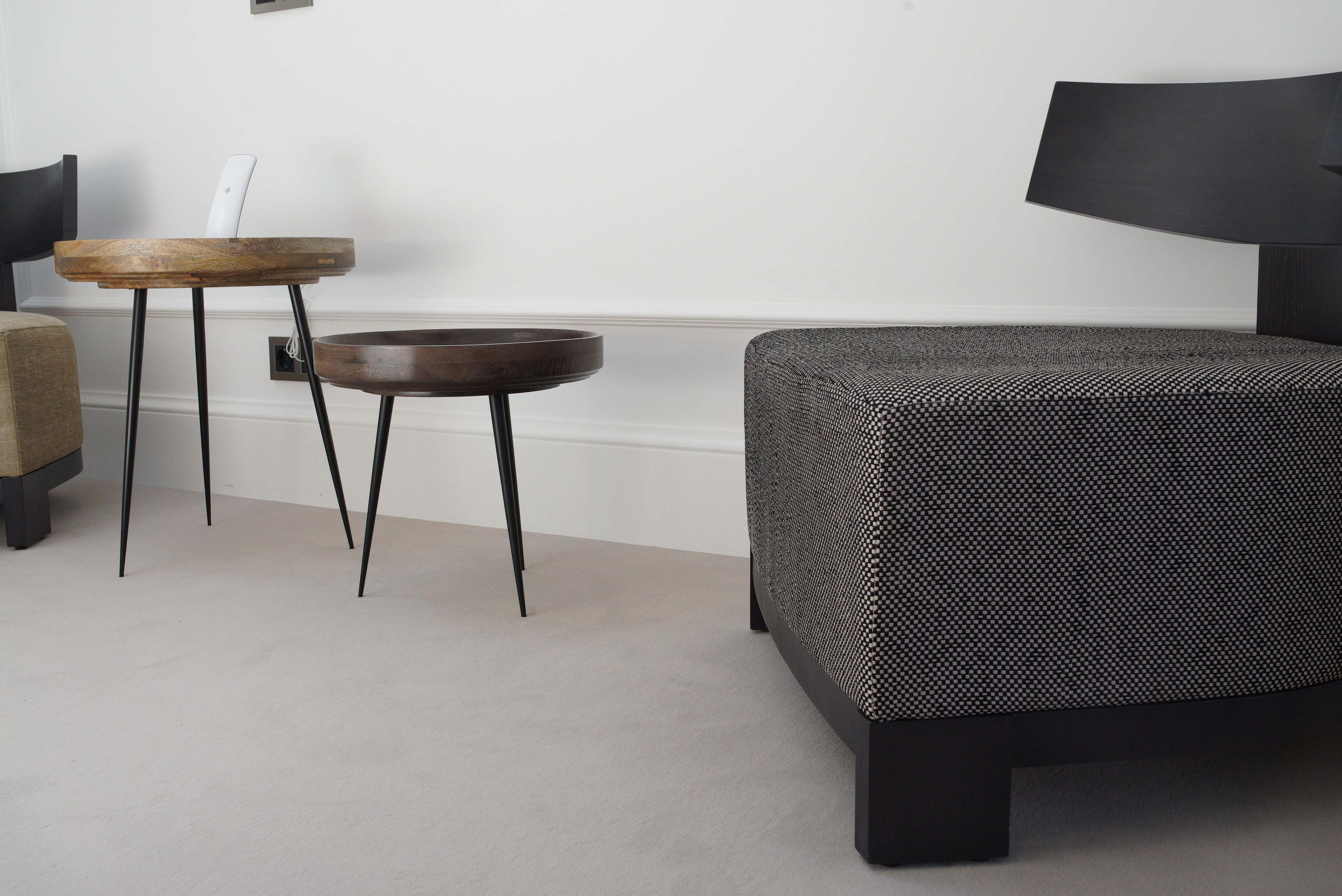 Photo détail fauteuil et table basse
