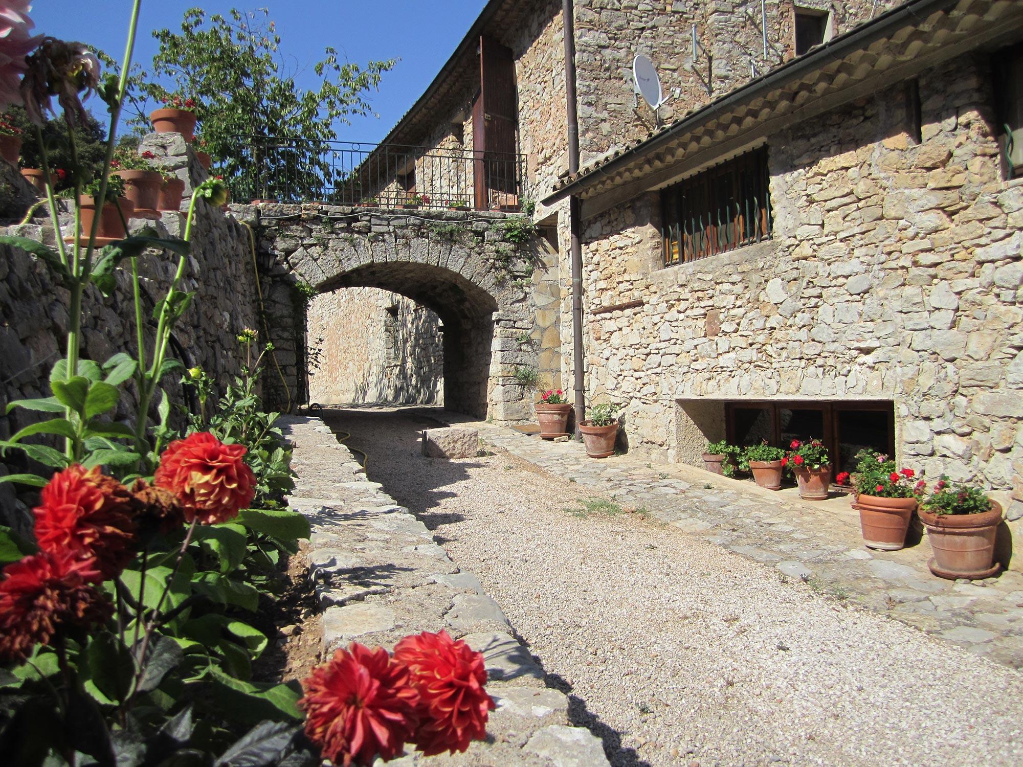 Ruelle architecture typique de la provence