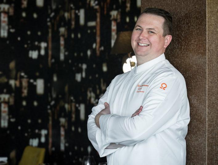 Chef en veste de cuisine blanche brodée les Collectionneurs