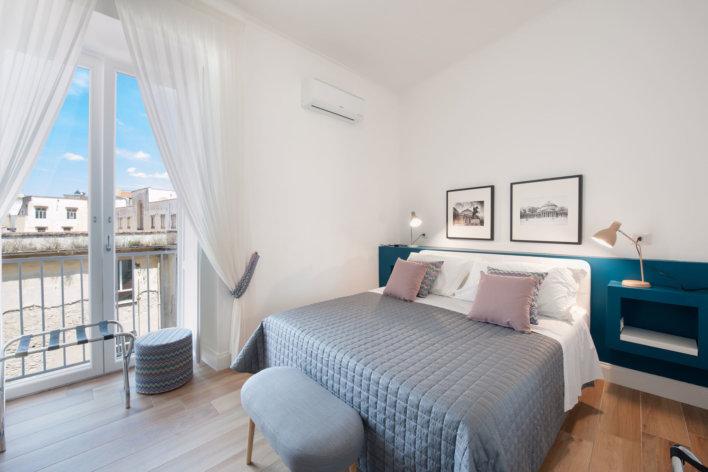 Belle chambre double de l'hôtel Santa Chiara Boutique