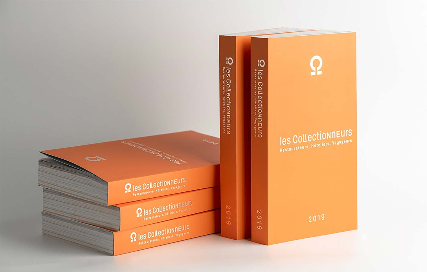 "Guide orange, inscription "" les Collectionneurs - Restaurateurs, hôteliers, voyageurs - 2019"