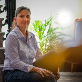 Cinq questions à Véronique Vernat, propriétaire du Manoir de la Manantie