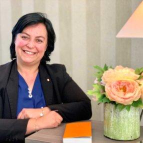 Cinq questions à Christelle Guillin, cheffe de réception au Château Sainte-Sabine