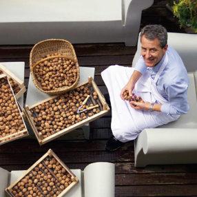 L'huile de noix selon Alain Gardillou, chef propriétaire du Moulin du Roc