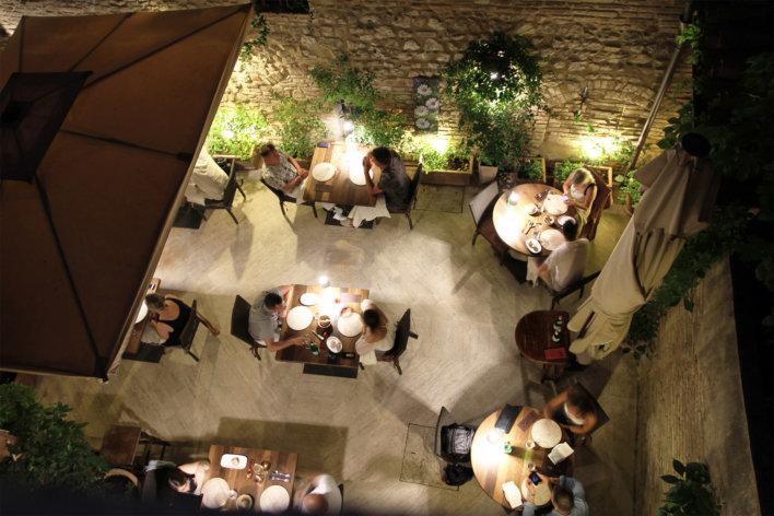 Vue du ciel du restaurant Cum Quibus