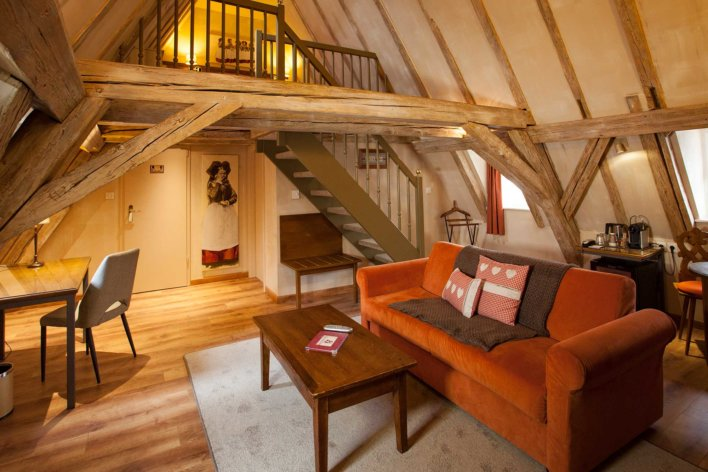 Chambre en duplex, typique alsacienne avec avec mur à colombage