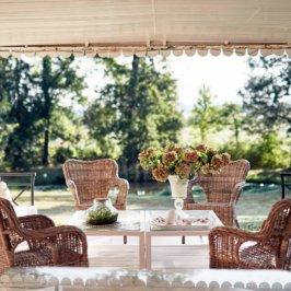 Pergola en meuble de jardin osier tressé