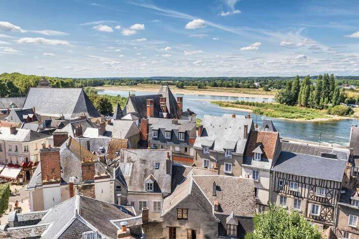 Vue aérienne de la ville d'Amboise
