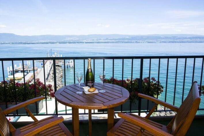 balcon avec vue sur Lac Léman