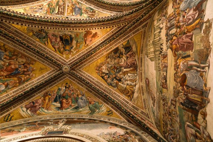 Peinture de Luca Signorelli au plafond de la Chapelle San Brizio ou Cappella Nova située dans le transept droit de la Cathédrale d'Orvieto